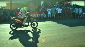 Satu -satunya Pebalap Wanita yang mengikuti Honda One Make Race seri II di GOR David - Tonny Limboto (7/9)
